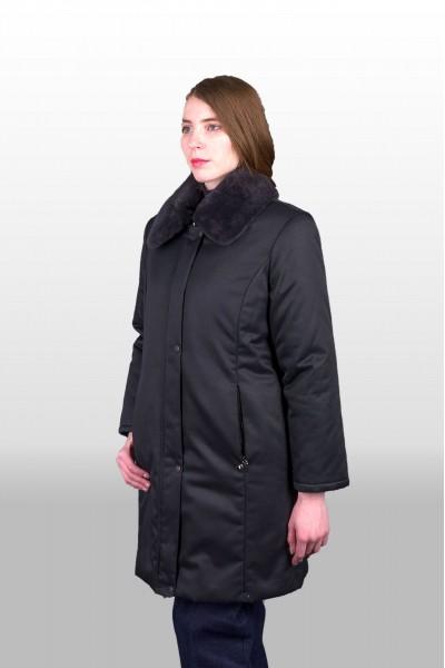 Пальто утепленное.